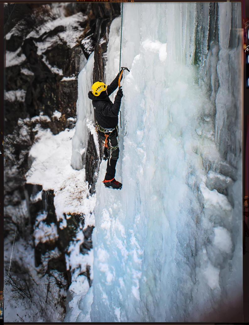 GREG-IceClimbing-SouthSide-2015_GSL-8576-WEB